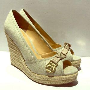 IVANKA TRUMP espadrille heels